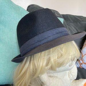 Saks fifth avenue medium hat fedora